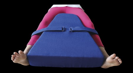 Hip Abduction Pillow by Isha Surgical